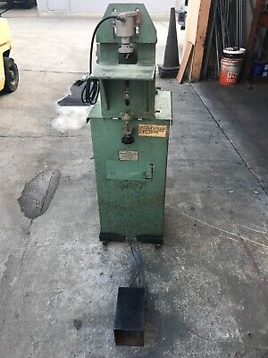 Used  Ritter R-130 Single Spindle Horizontal Boring Machine Drill