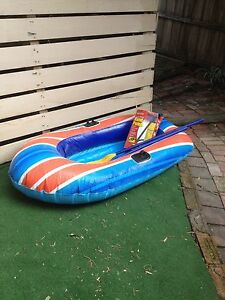 Boat- inflatable with oars and pump Montmorency Banyule Area Preview