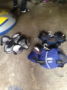 Child and youth hockey equipme