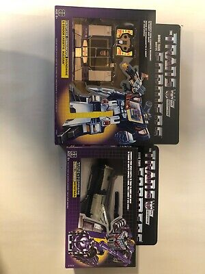 Hasbro Transformers Vintage G1 Exclusive Decepticon Soundwave with Buzzsaw...