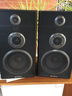 hitachi speakers. hitachi hs 301 - 3 way stereo bookshelf speakers t