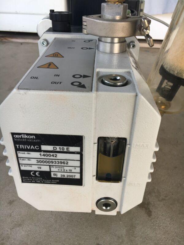 Leybold D10E Vacuum Pump 220-240vac