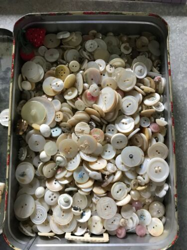 ANTIQUE VINTAGE CARVED MOTHER of PEARL MOP SHELL ABALONE BUTTON LOT PLUS