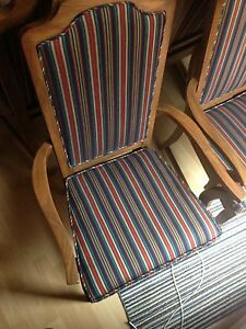 2 beautiful captain chairs London Ontario image 3