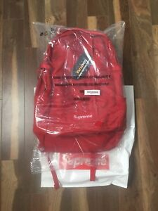 Supreme ss18 backpack ds 260$