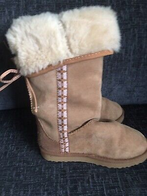 Just Sheepskin Boots Size 3 But Will Fit 4