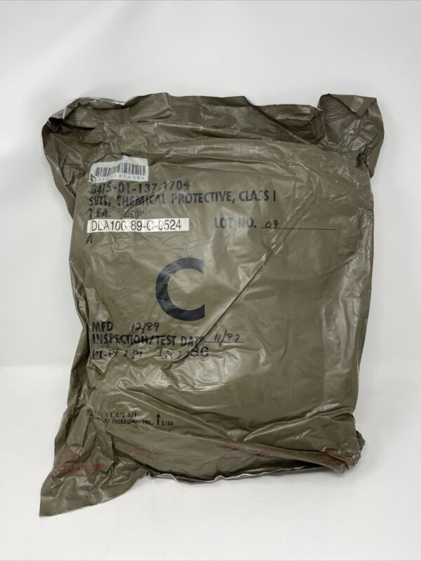 Military US Army Chemical Protective Suit Sealed Bag Medium - MFD 1989 PPE CAMO
