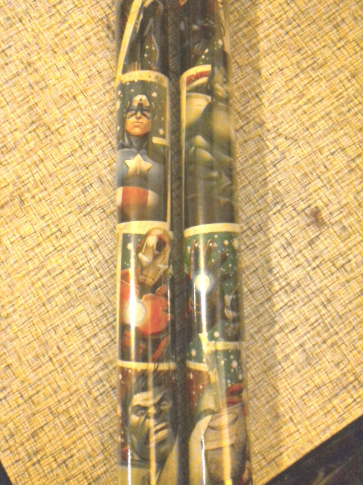 Avengers GIFT WRAP WRAPPING PAPER ROLL CHRISTMAS 40 SQ. FT