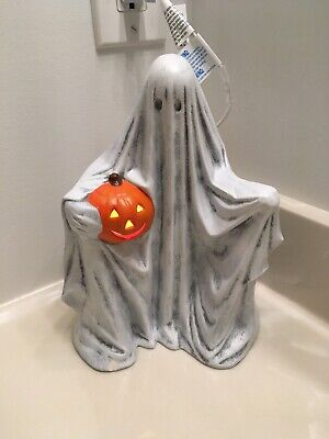 Ghost with pumpkin Halloween ceramic Byron mold