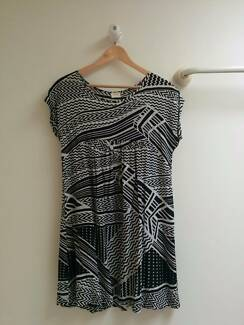 GORMAN DRESS WITH SIZE 8 Taringa Brisbane South West Preview