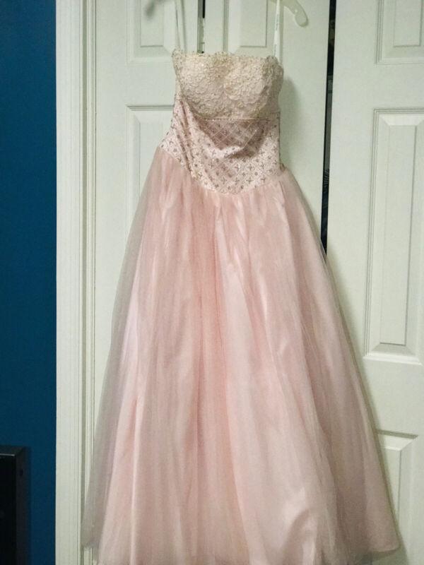 Davids Bridal Dress Size 4