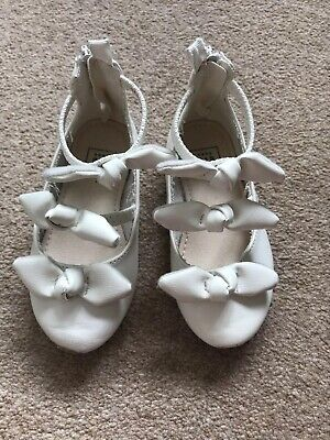 Girls Baby Gap White Party Shies Size Infant 7](Girls Shies)