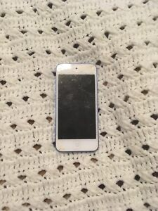IPod touch 6th generation cracked screen