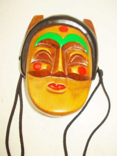 VINTAGE KOREAN WOODEN MASK FIGURINE WALL DECOR BEAUTIFUL COLORFUL DESIGN NR