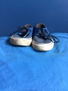 Size 7 blue and white dc sneakers