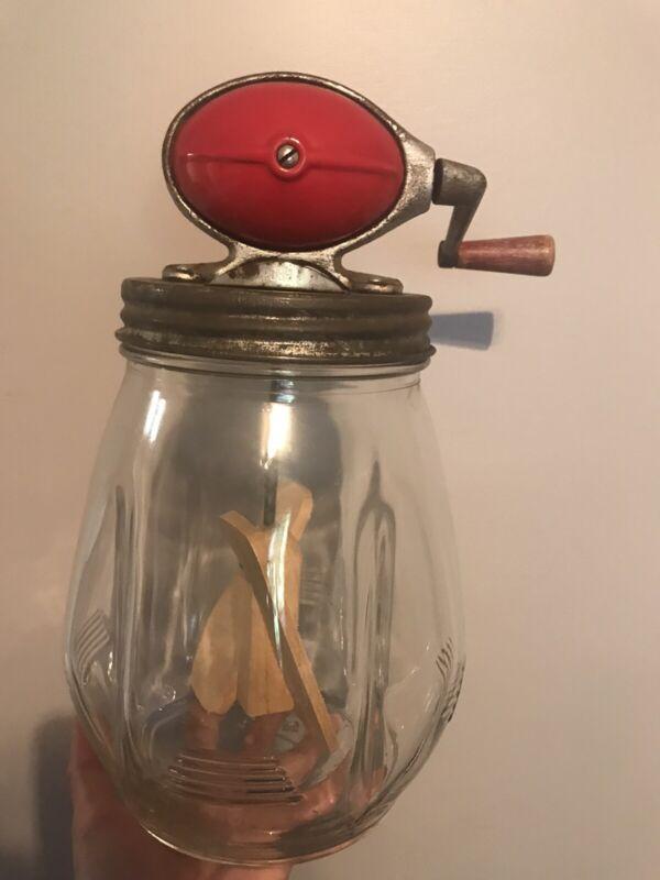Antique Dazey Butter Churn No 4. 4 quart glass body. Hand crank football crank