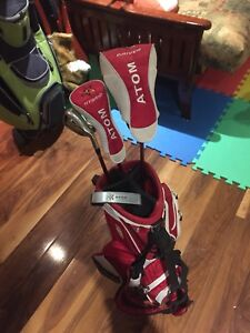Atom junior golf set