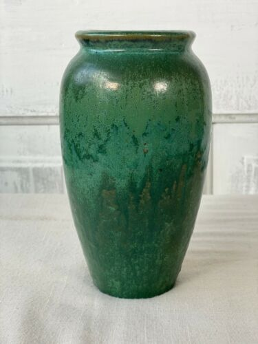 Fulper Crystalline Cucumber Green Glaze Vase with RARE Raised Logo Frogskin Vtg
