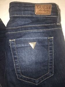 Guess jeans 27 neuf !!!! 20$