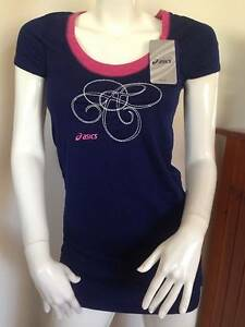 Ladies Top. Asics Size 8 Villawood Bankstown Area Preview