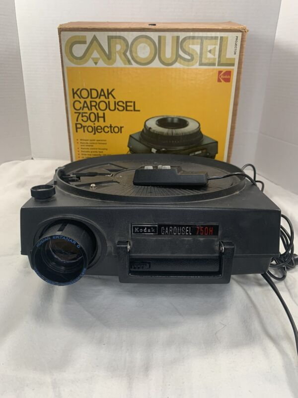 Vintage Kodak Carousel 750H Slide Projector With Original Box And Remote