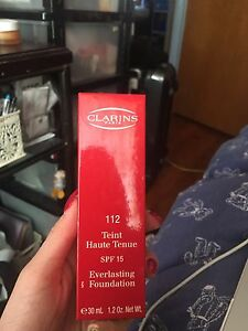 Clarins SPF15 Everlasting Foundation 30ml Canley Heights Fairfield Area Preview