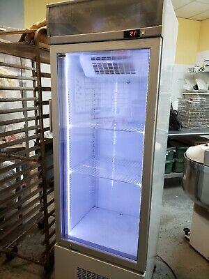 Summit Vertical Refrigerated Showcasedisplay Case