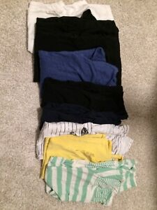Basic/essentials maternity tops size small