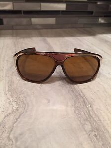 Fox brown sunglasses with case