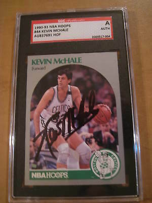 BOSTON CELTICS KEVIN MCHALE AUTOGRAPHED NBA HOOPS BASKETBALL CARD COA (Kevin Mchale Autographed Basketball)