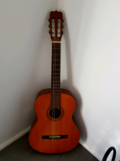 Acoustic Epiphone Guitar