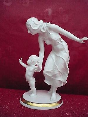 sehr schöne,alte Porzellanfigur__Mutter mit Kind__C.Werner_!