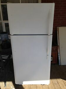 Kenmore fridge and freezer
