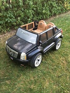 Power wheels Cadillac Escalade