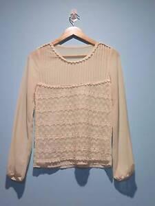 Cream Chiffon Lace Blouse fits Size 6 AU Runcorn Brisbane South West Preview