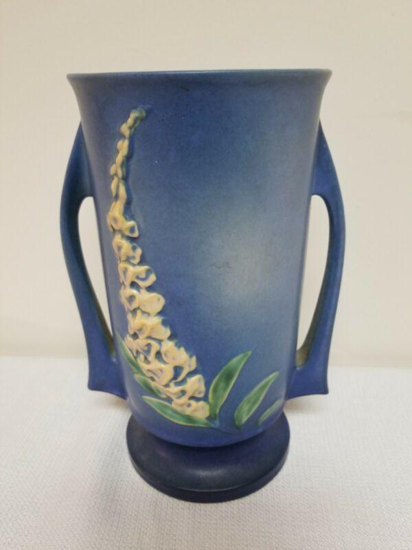 Beautiful Roseville Pottery Blue Foxglove Vase 48-8