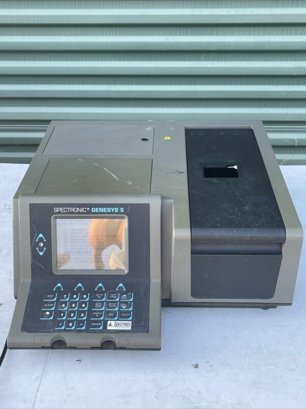 Spectronic Genesys 5 Spectrophotometer