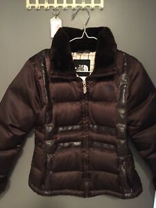 NORTH FACE Ladies Size XS Goose Down Coats