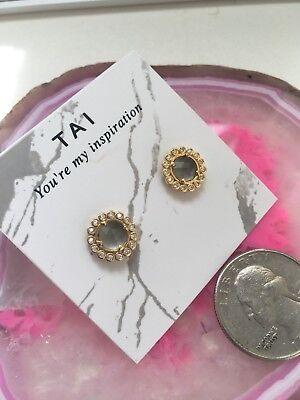 Tai Plate (Tai Jewelery Earrings Gold Plated GemStone Retail)
