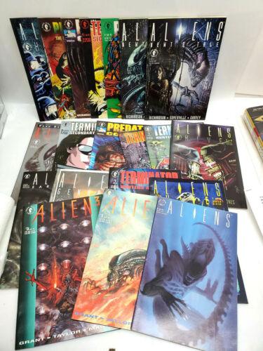 Lot of 18  Dark Horse Alien/Aliens/Predator/Terminator Comics (CBSET-731)
