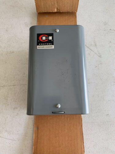 One (1) Cutler-Hammer Model 6-2-3 Contactor 10AMP 600V in Enclosure, NOS