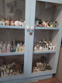 Salt and pepper shakers collection with cabinet