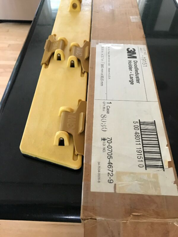 New 3M Doodleduster Holder Large 36.8 x 3.7 Yellow 48011-19151 70-0705-4672-9