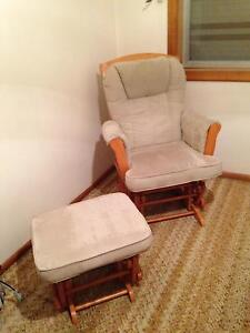 Feeding Gliding Chair with Ottoman Templestowe Lower Manningham Area Preview