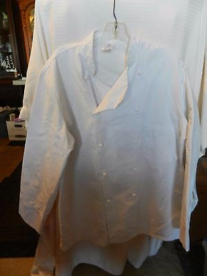 Superior Uniform Unisex Polyester - Unisex Adult White Chef Jacket Button Front Size Small from Superior Uniform