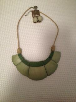 Pale green necklace and matching earrings Albury Albury Area Preview