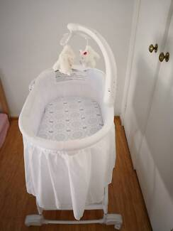 Childcare Chloe Rocking Bassinet white, almost brand new