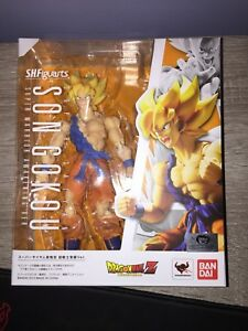 Dragon Ball Z SH Figuarts Super Saiyan Goku Figure