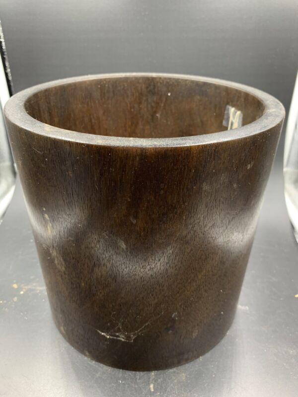 Chinese Qing Dynasty Wood Brush Pot 中国清代笔筒