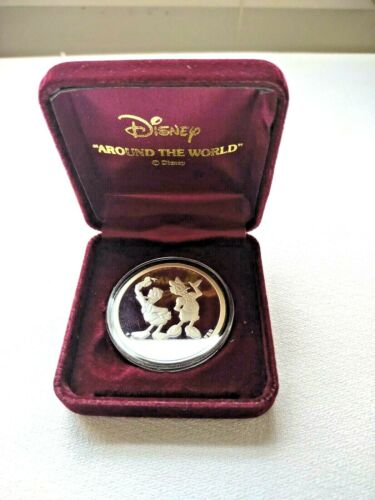 1988 Disney Around The World Donald And Daisy .999 Silver
